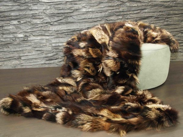 Piezini Brown Fox Fur Blanket