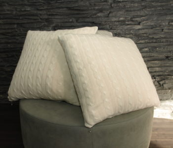 Knitted cashmere cushions